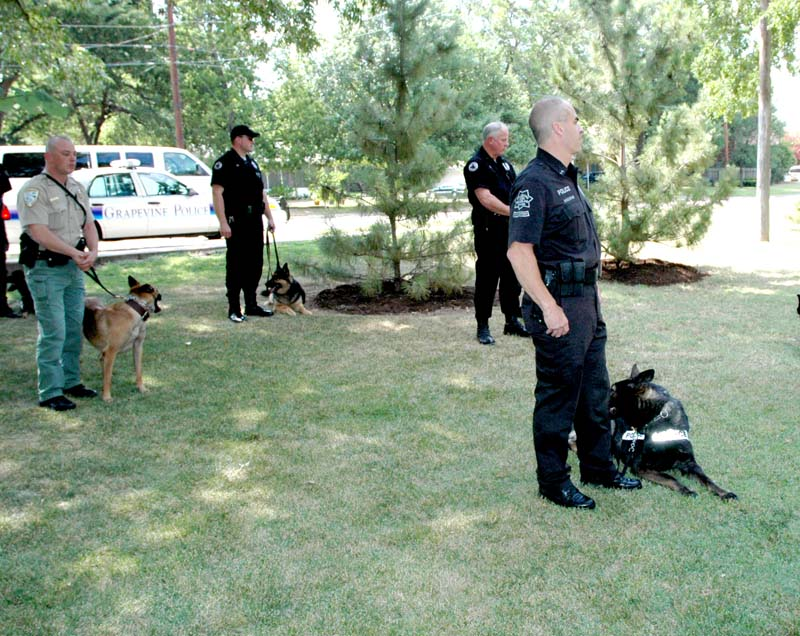 LNO History Files.... June 30, 2006 Memorial for Grapevine Police Canine Darby